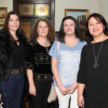 Elia Simeone, Vica Marinovic, Marisol Retamal y Mónica Buvinic